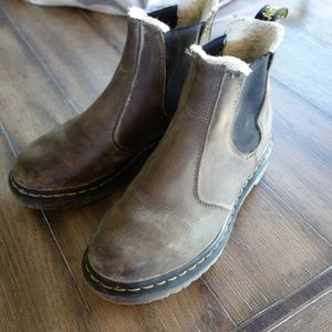 Dr. Martens Leonore Lined Chelsea Boots